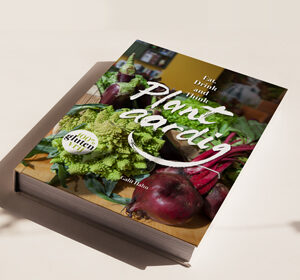 <span>Cookbook Pilot</span><i>→</i>